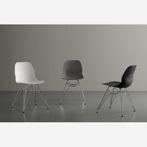 set 4 sedie di design