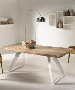 tavolo in legno fisso da pranzo
