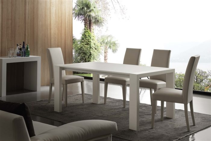 tavolo da cucina in legno allungabile moderno 2